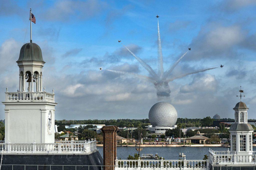 #DisneyMagicMoments: U.S. Air Force Thunderbirds Soar Over Walt Disney World
