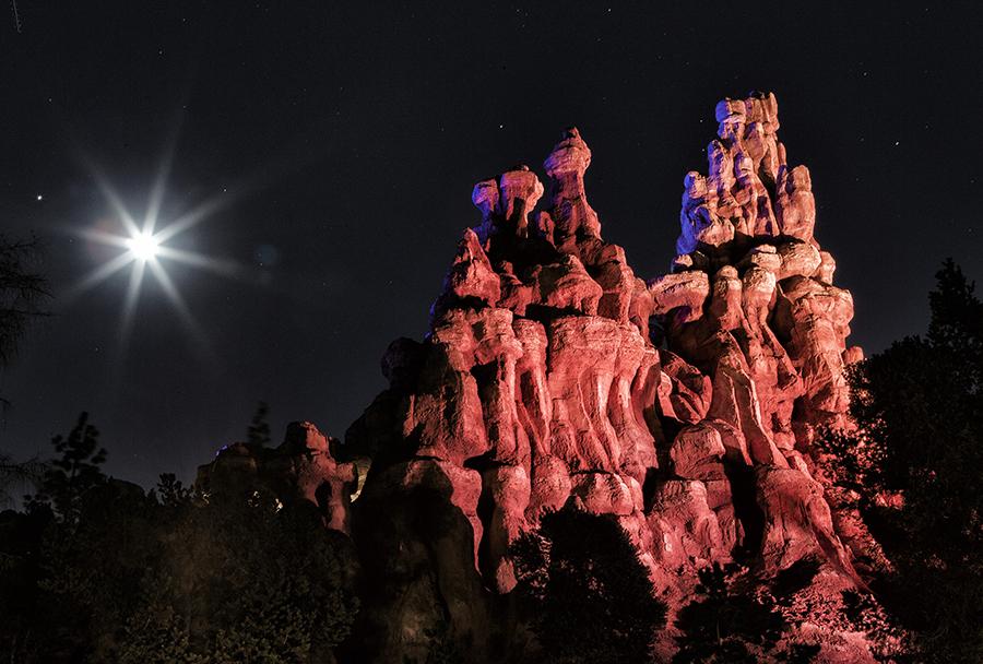 Big Thunder Mountain at night at Disneyland Park